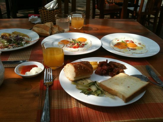Ancarine Beach Resort: This is daily menu for breakfast