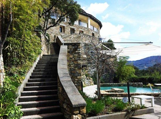 Eden Rock Resort : Eden Rock with view of pool