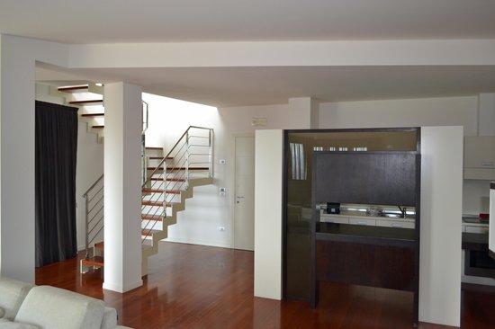 Eden Rock Resort : Stairway leading to second level.
