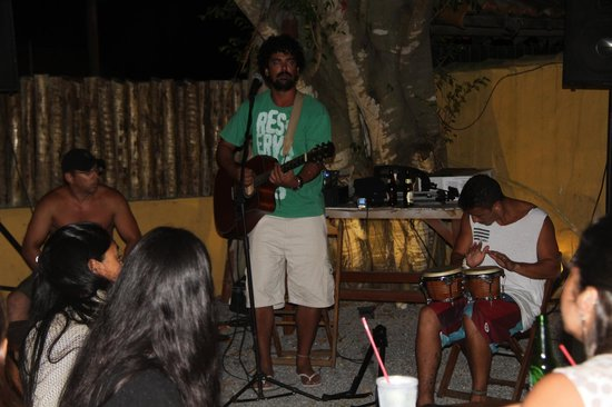 Buzios Beach Surf Hostel: show ao vivo