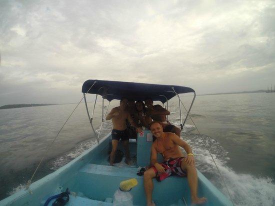 Bocas Dive Center: Tripulacion completa