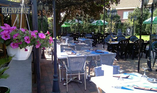 Terrasse - Picture of Jardin d'Italie, Charleroi - TripAdvisor