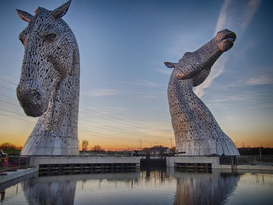 The Kelpies & The Helix