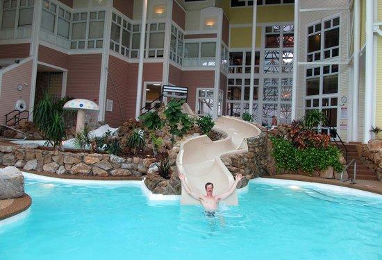 Steele Hill Resorts : Big indoor pool