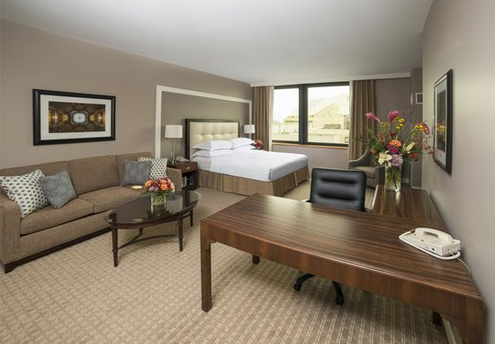 Photo of Hilton Indianapolis