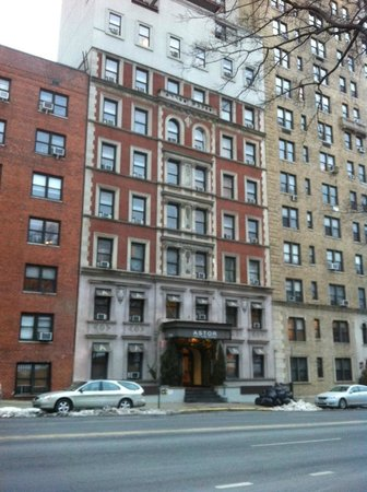 Astor on the Park: Exterior