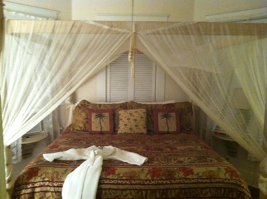 Ambrosia Key West Tropical Lodging: Bedroom in 615 Building