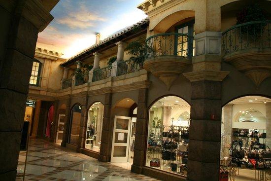 Horseshoe Bossier City: Shopping area