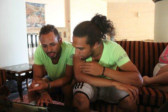Sol Taba Red Sea : Наши аниматоры Тифа и Амр
