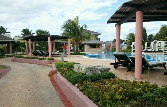 Main pool area @ Melia Buenavista, Cayo Santa Maria.