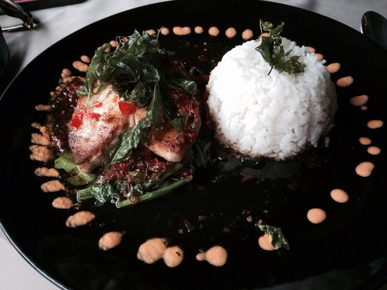 Two Chefs - Karon Beach: Red snapper filet with spicy sauce & deep fried basil