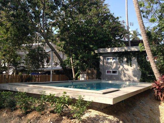 Glur Hostel: Swimming Pool