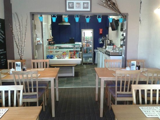 Pensarnie Sandwich Bar & Cafe: NEW TABLES