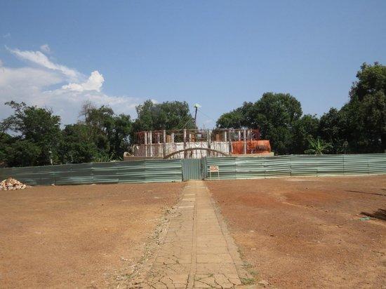 Kasubi Tombs: Rebuilding the main building