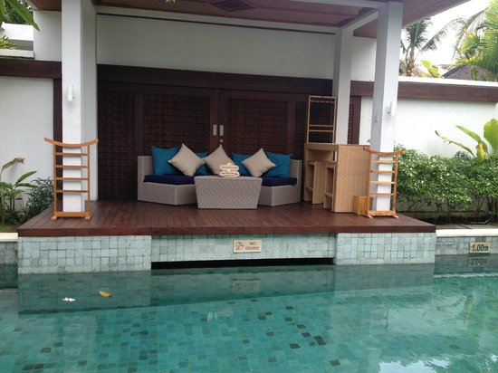 The Samaya Bali Seminyak : Gazebo by the Private Pool