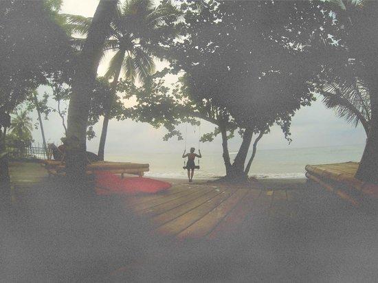 Rinjani Beach eco resort : beach