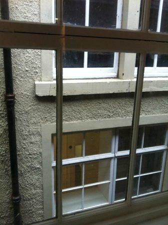 Motel One Edinburgh-Royal: Nice view (!)