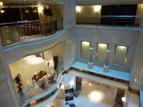 Sevilla Center Hotel: Recepción