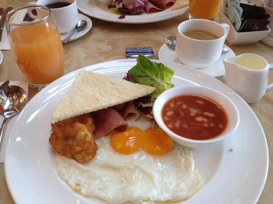 Royal View Hotel: breakfast