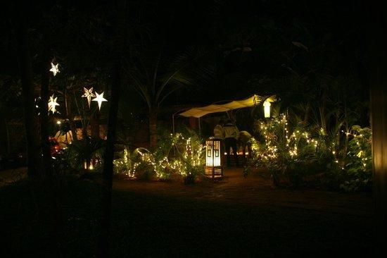 Raman Cottages: Entrada do Hotel