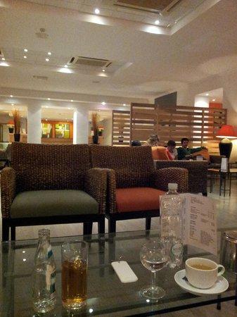 Mellieha Bay Hotel : the lounge