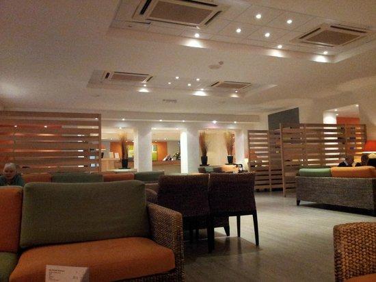 Mellieha Bay Hotel : lounge