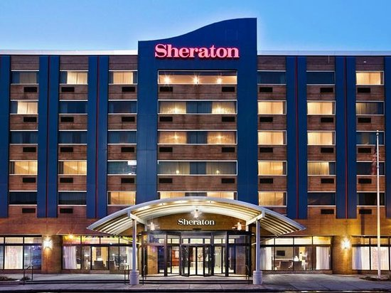 Sheraton At The Falls: Hotel