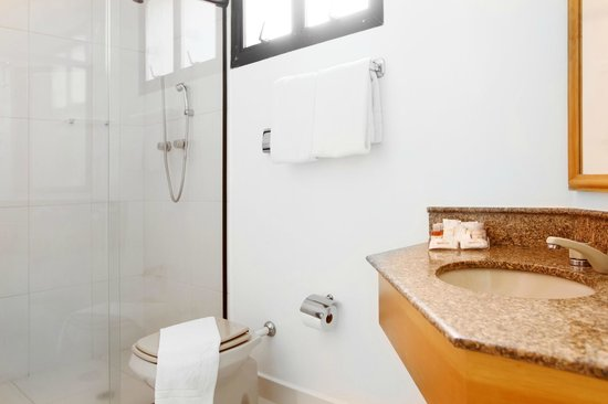 Travel Inn Conde Luciano: Banheiro