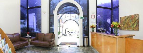 Travel Inn Conde Luciano: Recepção