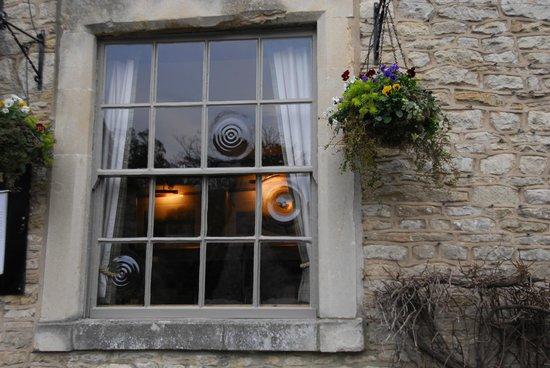 The Castle Inn: windows