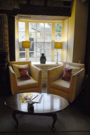 The Castle Inn Hotel: Sitting area