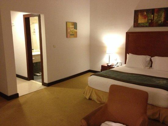 Mena Hotel Riyadh : Bed