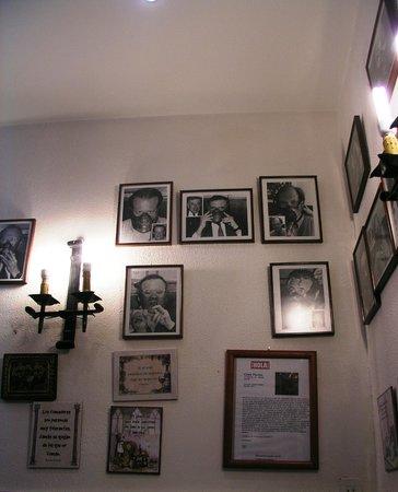 Restaurante Casa Perico : vista de la decoración del comedor