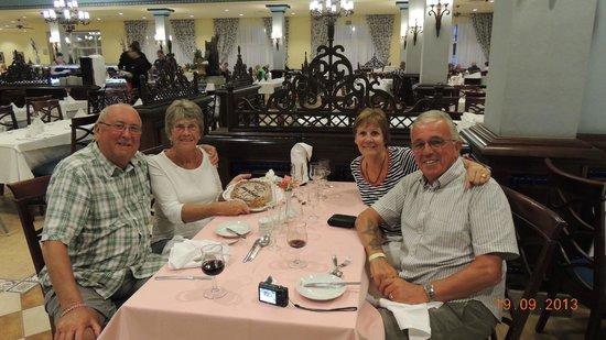 ClubHotel Riu Chiclana : Birthday celebration