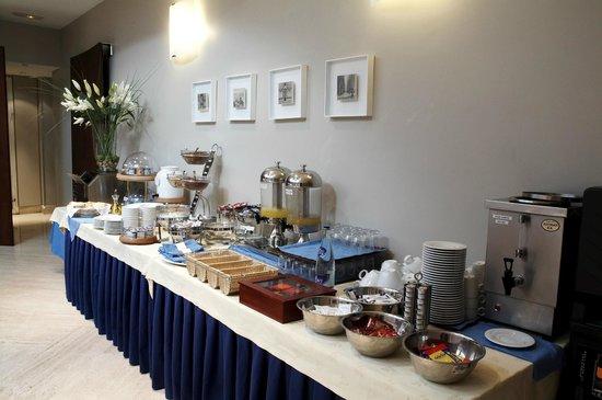 Gran Hotel: Buffet desayuno