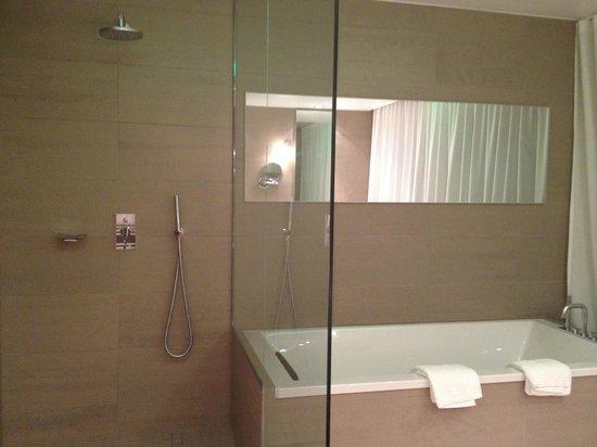 L'Assiette Champenoise : die begehbare Dusche