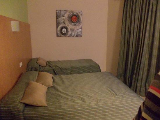 Servigroup Pueblo Benidorm: Bedroom