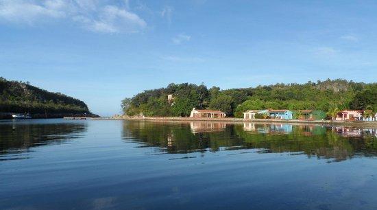 Villa Guajimico : Flußmündung zum Meer