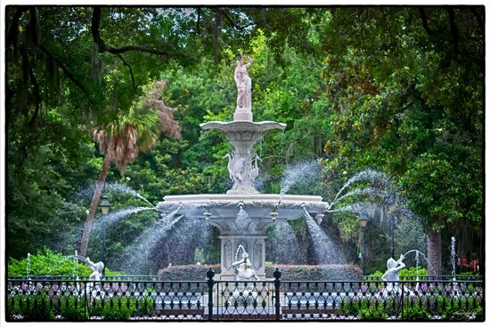 Forsyth Park: Southern Style Postcard