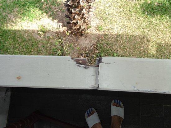Muang Kulaypan Hotel: dangerous
