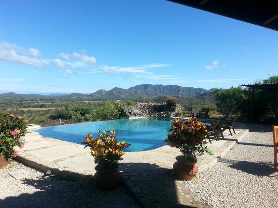 Panacea de la Montana Yoga Retreat & Spa: View from the pool