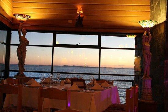 Vista do restaurante Club de Yates