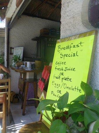 Hotel el Moro: Breakfast included!