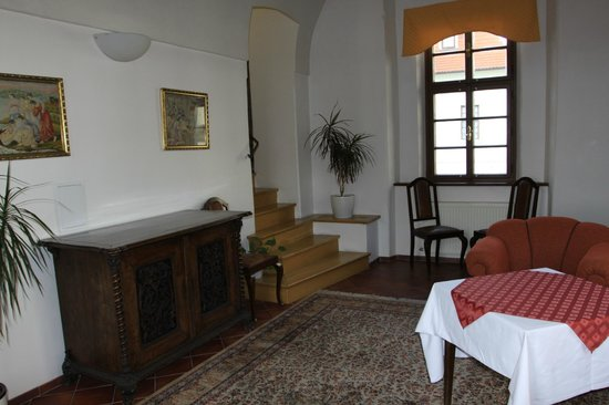 Hotel Adalbert: гостиная