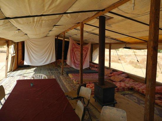 Makman Dunes Desert Lodge: The living / sleeping area of the tent
