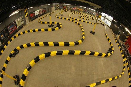 Pole Position Raceway : Track Overview
