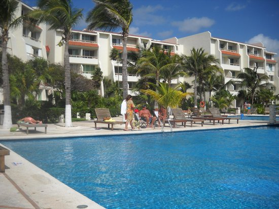 Solymar Cancun Beach Resort: Pileta del hotel