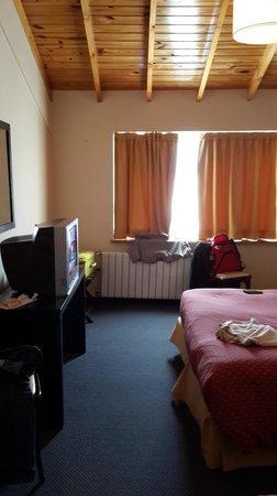 Marcopolo Suites Calafate: Habitación grande