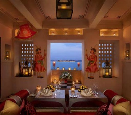 The Leela Palace Udaipur: private dining area