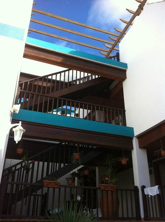 La Casita Hotel: View of the hotel central well